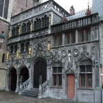 Basilica_of_the_Holy_Blood_-_Saint-Baselius_Chapel_Bruges_Belgium.